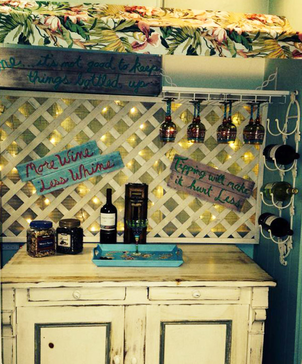 Key West style wine bar of Hoochi Koochi wax studio in Lantana Florida